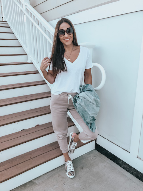 stylish, comfy outfits