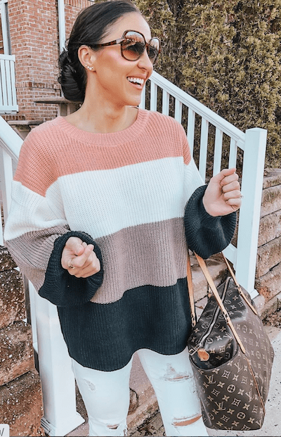 woman wearing color block sweater - cheap online boutiques
